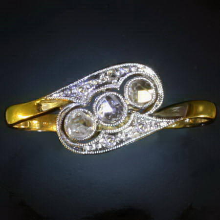 Antique rings under €500