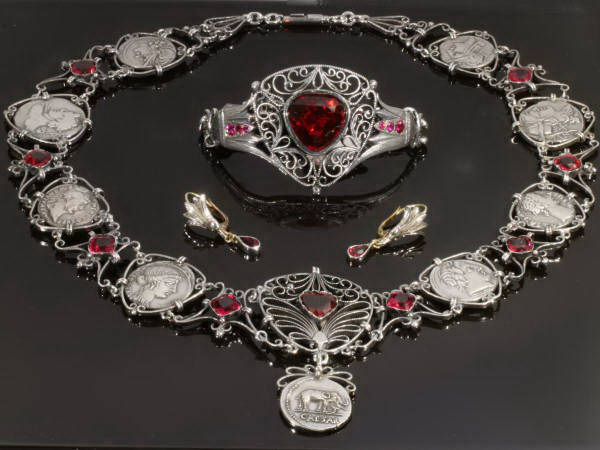 Victorian parure in Classical style with old Roman coins, wire works and lotus
