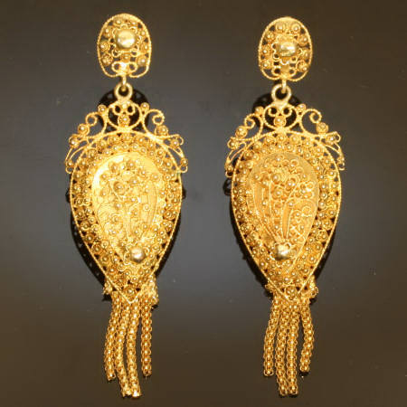 Typical regional Dutch Victorian golden filigree earrings