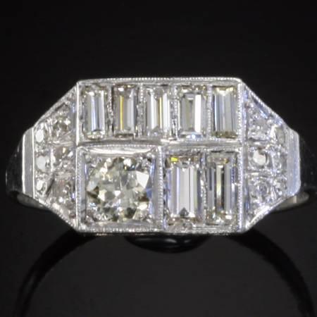 Platinum diamonds Art Deco engagement ring