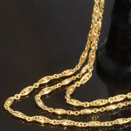 Terrific Victorian long golden chain