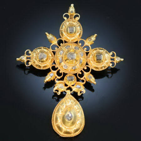 17th Century gold and diamond cross