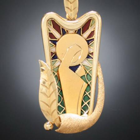 Antique pendants between $500 and $1500