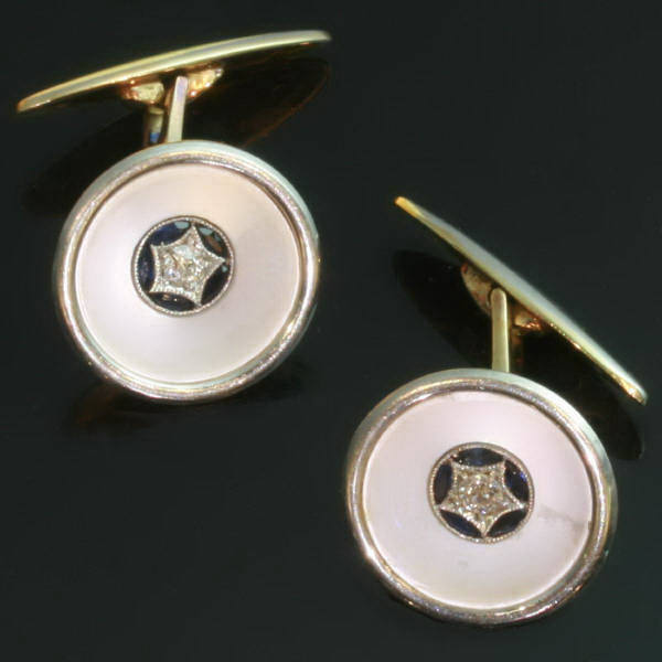 Decorative fifties cuff links with mother of pearl, sapphires and brilliants
