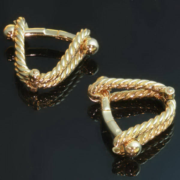 Decorative gold twisted wire French estate cuff links made in France