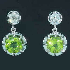 Antique jewelry with color green