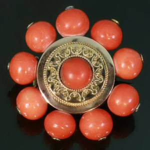 Antique jewelry with color red up to $1,500