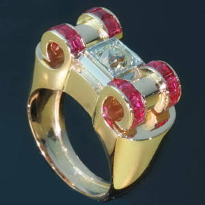 Antique rings between $1500 and $5000