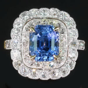 Antique rings between $5000 and $10000