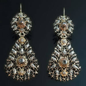 Antique Victorian earrings between $1500 and $5000