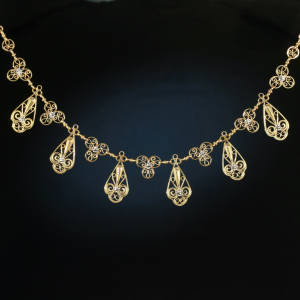 Antique Victorian jewelry between $500 and $1500