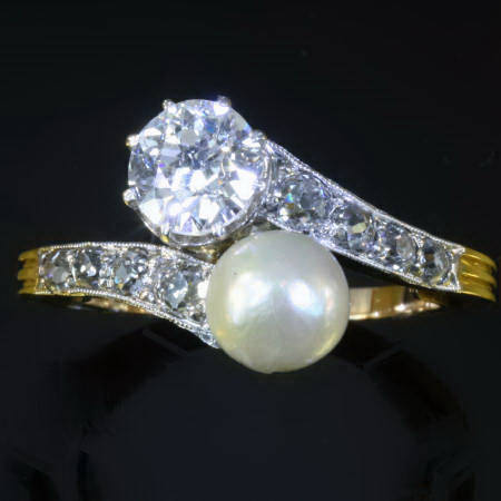 Antique Victorian rings between $1500 and $5000