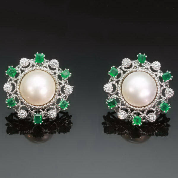 Antique jewelry with the color green up to $15,000
