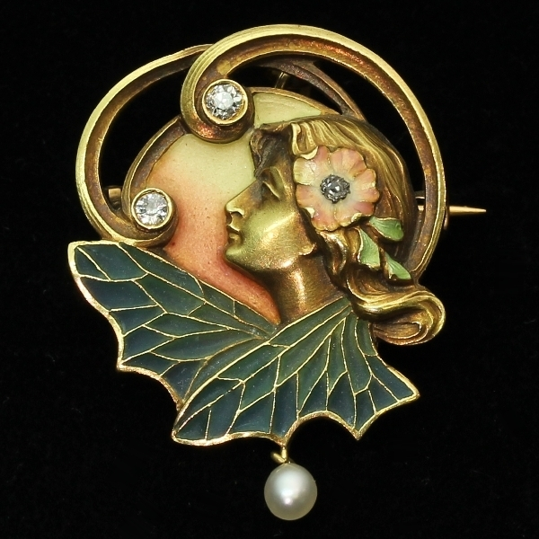 High quality Art Nouveau pendant brooch with plique a jour enamel from the antique jewelry collection of www.adin.be