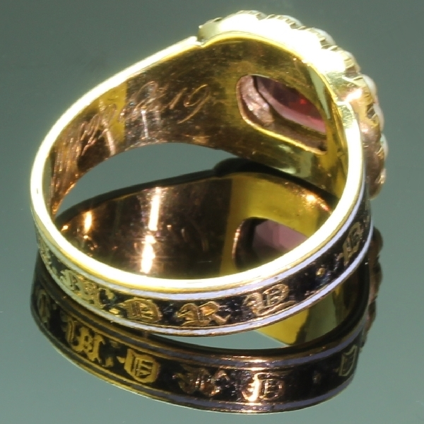 Gold Georgian antique mourning ring or memory ring from the antique jewelry collection of www.adin.be