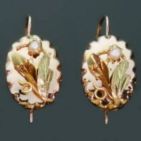 Antique flowers gold drop earrings pearls 18kt gold from the antique jewelry collection of www.adin.be