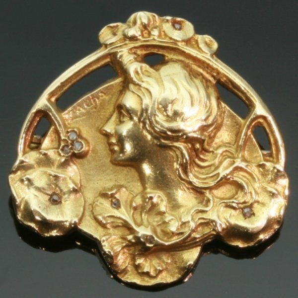 Art Nouveau floral gold pin Lady profile signed Zacha from the antique jewelry collection of www.adin.be