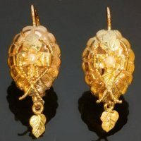 Dutch antique earrings Victorian bi-color gold with real orient half seed pearl from the antique jewelry collection of www.adin.be
