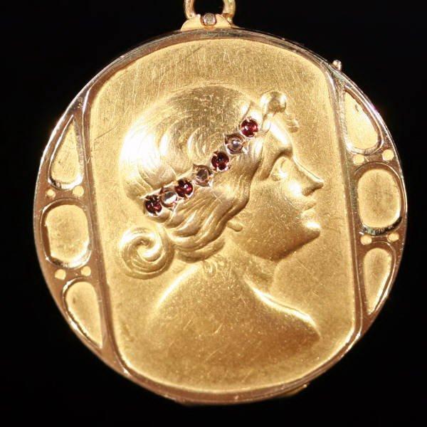 Antique pendants between $1000 and $2500