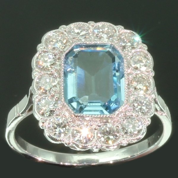 antique-and-estate-rings-with-blue