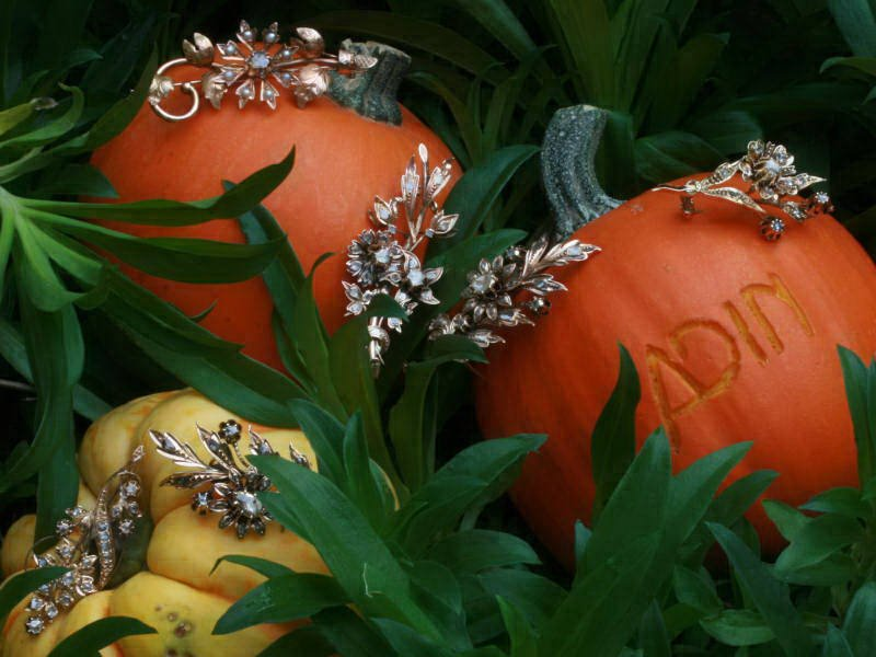 temporary halloween discount on antique jewelry