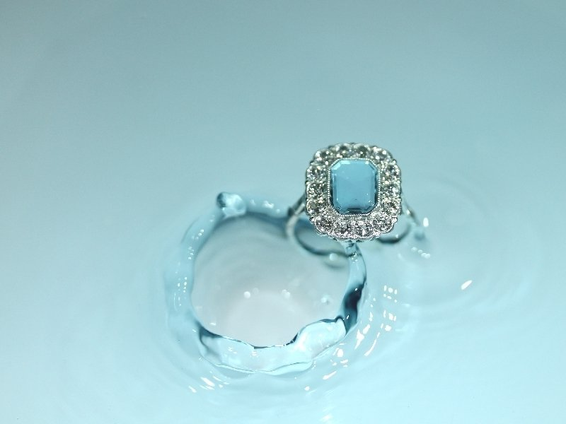 Platinum estate engagement ring with beautiful aquamarine and diamonds